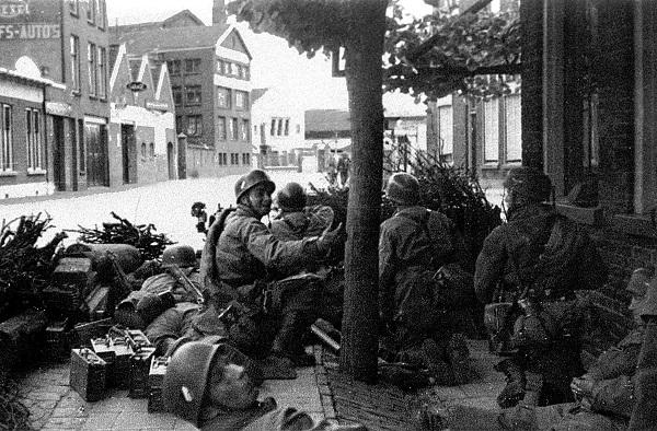 10 mei 1940 Dordrecht Fallschirmjäger