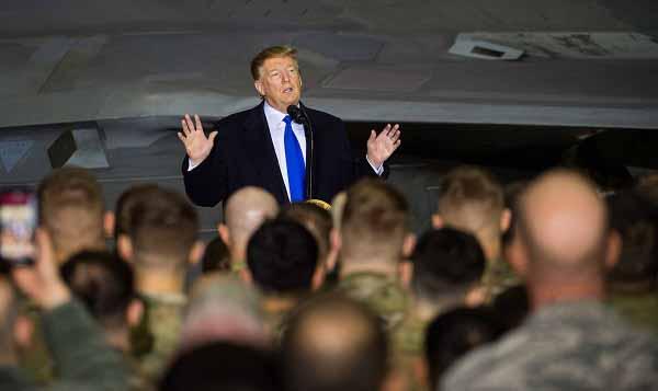 Trump Militaire Spectator